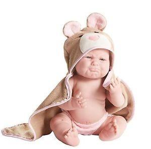 Játékbaba nagykereskedés-Berenguer lány barna mackó mintás fürdőköpenyben