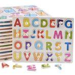 Fa fogantyús kirakó az ABC betűivel