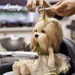 Lucky Doggy Yoyo plüss kutya elegáns ruhában Orange Toys