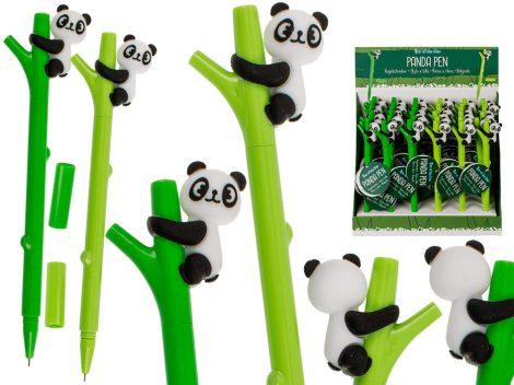 Panda bambuszon toll