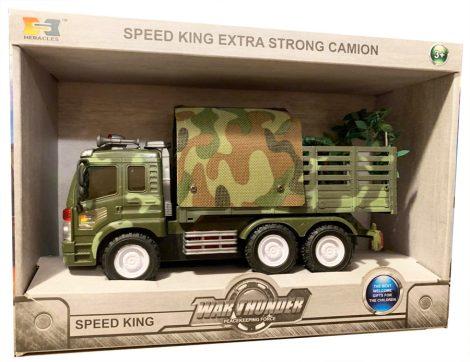 Játék katonai autó figurával