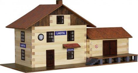 Kreatív barkácsolós játékok - Makett faház építős játék Vonat állomás
